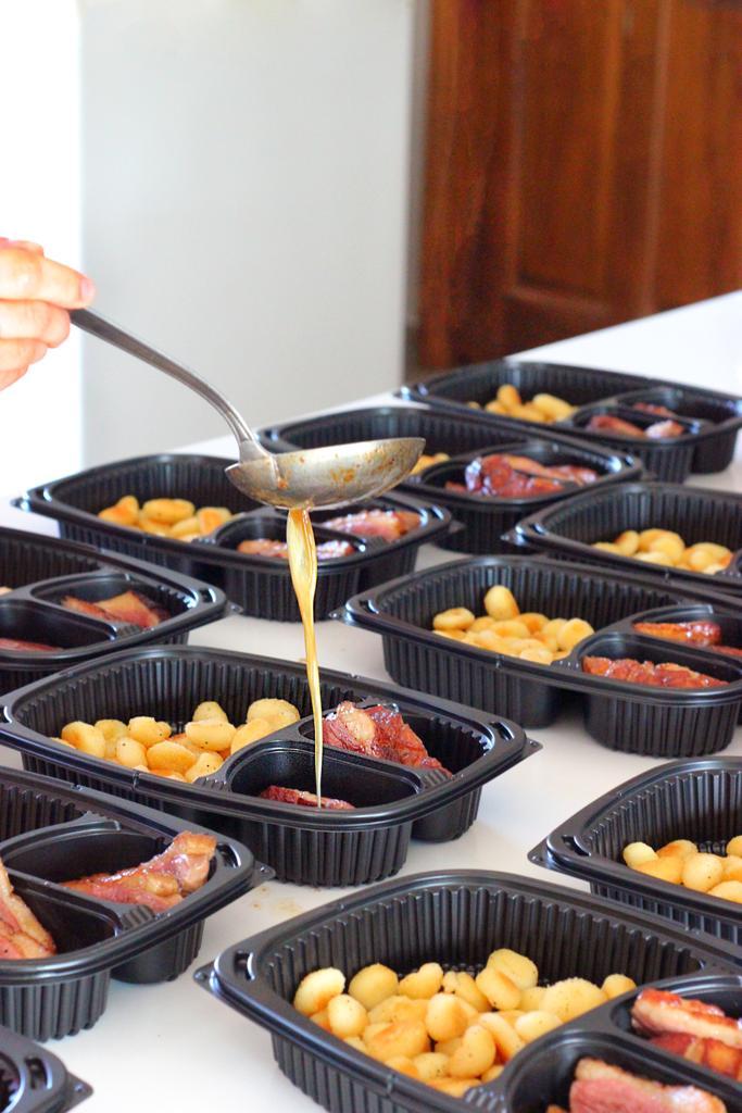 Mise en place des plats à emporter
